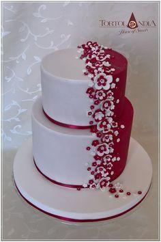 Wedding cake by Tortolandia - http://cakesdecor.com/cakes/306577-wedding-cake #weddingcakes