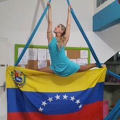 La mejor herencia que podemos dejarle a nuestros hijos es: Amor,  conocimiento y un PLANETA en el que puedan vivir 🌱🌳🍃🌎 Feliz día de la Tierra, quien tiene el mejor país del Mundo: V E N E Z U E L A. @bretonjessi 💙 #acropolefitcenter #diadelatierra #21abril #sandiegovenezuela #sandiego #venezuela #urbvalleverde #valleverde #telas #telasaereas #telasacrobaticas #aerialsilks #fly #love #sosvenezuela #prayforvenezuela #like #love #likeforlike #photography #tagsforlike #photo #l4l…