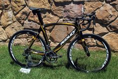 integrated front and rear brakes,  aero frame, ridley.