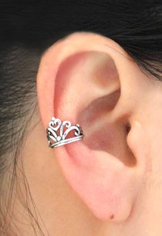Vintage Crown Ear Cuff material: silver;