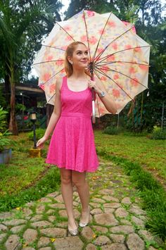Rainy Day Outfit -- Pretty in pink!