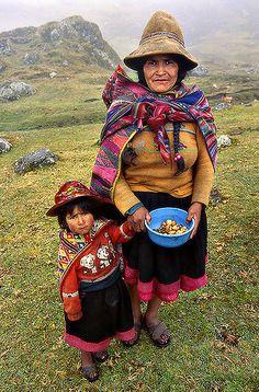 PR05-04 | Peru, Q'ero people area | Sergio Pessolano | Flickr