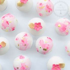 Pretty little cupcakes in watercolour pink and a touch of gold.