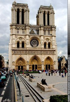 Notre Dame - Paris. Would love to be there right now. There was a wonderful cafe right across the way.