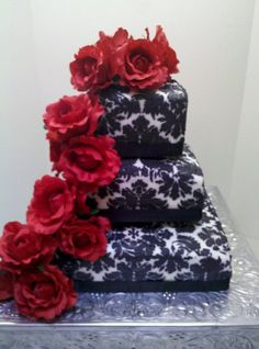 Black and White Damask with Red Roses www.simplysweetbyjessica.com