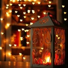 A romantic scene reminding you that Fall should be filled with moments of snuggling bathed in candlelight.  DIY Love is very simply the way you show love to your sweetheart that fuses your bond as a couple ♡