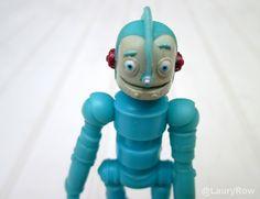 MON WAKOUWA RODNEY DANS LE DA ROBOTS !  Viens ici ::  https://www.facebook.com/pages/Disneycollecbell/603653689716325  photos par moi @LauryRow.