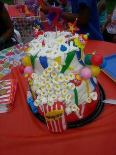 2 tier carnival cake (fondant popcorn)