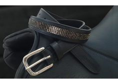 Romfh is proud to introduce our newest product, Quiet Bling leather belts. Made with the finest bridle leather, our belts feature carefully selected tone-on-tone palettes to give a beautiful Quiet Bling look of subtle sparkle.