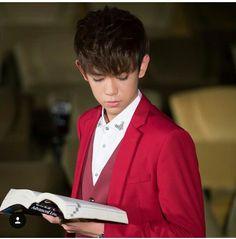 Shhhhh I'm reading!