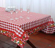 Dê boas vindas aos seus convidados com estilo!  Essa Toalha de mesa personalizada pode ser uma peça maravilhosa no seu almoço, jantar, lanche, piquenique ou churrasco. Ótimo item para casa de campo, praia ou para presentear.  As toalhas de mesa personalizadas são confeccionadas em tecidos 100% al...