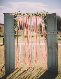 Looking for latest and unique wedding decor ideas without spending a fortune? Well, these 10 ribbon decor ideas are perfect for that gorgeous wedding decor of yours! Cheap Wedding Decorations, Diy Wedding Backdrop, Ceremony Backdrop, Wedding Centerpieces, Backdrop Ideas, Photo Booth Wedding, Backdrop Photobooth, Photo Backdrops, Wedding Arrangements