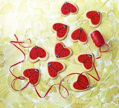 These cute cookies decorated with fondant icing in a heart-shaped ladybird pattern would make a lovely romantic gift