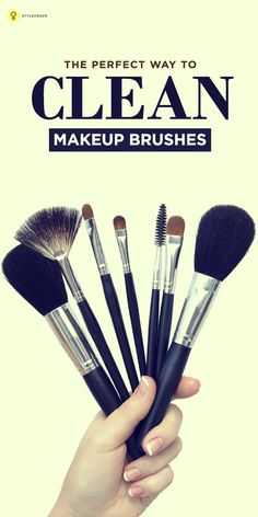 Cleaning makeup brushes is more important than using them for a professional finish. Here are 4 easy tips on how to clean makeup brushes. Cute Makeup, Diy Makeup, Simple Makeup, Makeup Ideas, Makeup Guide, Beauty Makeup Tips, Beauty Hacks, How To Wash Makeup Brushes, Types Of Makeup