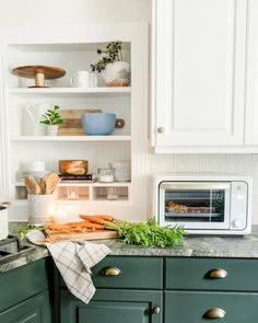 The best cookware, servingware, and kitchen decor from Walmart with a designer modern cottage style for less.