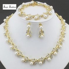 jiayijiaduo Classic Imitation Pearl necklace Gold-color jewelry set for women Clear Crystal Elegant Party Gift Fashion Costume Pearl Bridal Jewelry Sets, Bridesmaid Jewelry Sets, Wedding Jewelry Sets, Pearl Jewelry, Gold Jewelry, Sapphire Jewelry, Jewelry Dish, Bridal Jewellery, Engagement Jewelry