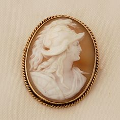 14k Gold Roman Soldier Cameo Brooch Pin Hand Carved Oval Shell