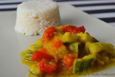 Il curry di verdure accompagnate al riso basmati è un piatto unico ed è tipico dell'india. Scopri la ricetta per prepararlo con il tuo bimby.