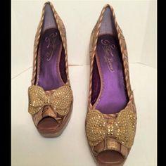 """❤Beautiful Poetic License peep toe Sequins Pumps❤ ❤Beautiful Poetic License peep toe Sequins Pumps❤ 4.25"""" heel & 1"""" platform Poetic License Shoes Heels"""