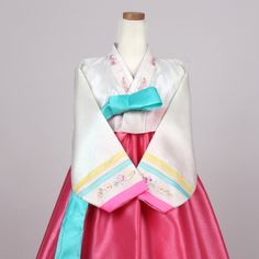 Color : Jade, Cream and Pink. Including shoes' height when you want to wear high heels with this dress. Korean Traditional, Costume Dress, Baby Car Seats, High Heels, Costumes, Pink, How To Wear, Color, Tops