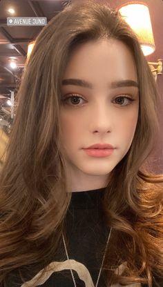 Everything ccdm — Dasha Taran Mode Ulzzang, Ulzzang Girl, Stylish Girls Photos, Girl Photos, Brunette Beauty, Hair Beauty, Cute Girl Face, Beautiful Girl Photo, Russian Beauty