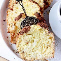 Wczoraj na bloga wrzuciłam kolejny, pyszny, #bezglutenowy #przepis na ciacho! Tym razem zapraszam Was na BOUNTY Z CZEKOLADĄ 🍫 Połączenie kokosu z czekoladą - zawsze idealne! CIACHO jest lekkie i puszyste! Z całą pewnością nie jeden raz zagości z Waszej bezglutenowej kuchni! ❤️ . #schar #glutenfreecrepes #glutenfreecakerecipe #glutenfreecake #glutenfree #bezglutenu #menubezglutenu #bezglutenubezproblemu #glutenfreesweets