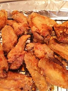 Today is National Chicken Wing day! I love wings! But I hate deep frying because my whole house smells for a week. I found a recipe for oven fried Oven Fried Chicken Wings, Cooking Chicken Wings, Fried Chicken Recipes, Oven Baked Wings, Crispy Oven Chicken Wings, Crispy Baked Wings, Baking Powder Chicken Wings, Baked Fried Chicken, Recipe Chicken