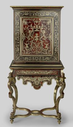 FRANCE Cabinet and stand Ebony oak brass pewter tortoise shell gilt bronze Antique French Furniture, European Furniture, Arabesque, Homemade Home Decor, Bronze Mirror, Chef D Oeuvre, Antique Boxes, Iron Work, Miniature Crafts