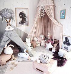 6 Wonderful Corners to Play http://petitandsmall.com/gorgeous-playcorners/ #kidsroom #playroom