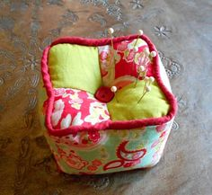 Simple Sewing DIY Four Square Pincushion Step/Step PicTutorial