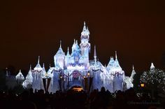 Sleeping Beauty castle during the holidays - Disneyland