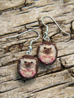 Handmade, polymer clay hedgehogs earrings by VaniLlamaArt #hedgehog #pygmyhedgehog #handmade #polymerclay
