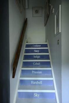 Stylish stairs // Escaliers stylé | More photos http://petitlien.fr/fionadouglas
