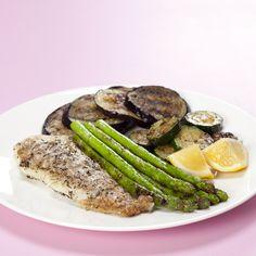 Stegt torskefilet med aubergine, squash og grønne asparges