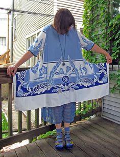 Project Minima: A Cool Blue Tablecloth Dress