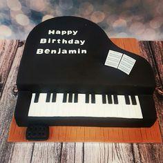 Bespoke Cakes, Cupcakes & Sweet Treats - The Family Cake Company Piano Cakes, Music Cakes, 13 Birthday Cake, Birthday Sheet Cakes, Music Note Cake, Birhday Cake, Grandma Cake, 50th Cake, Family Cake