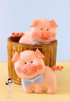 Dois porquinhos... by Ei menina! - Érica Catarina, via Flickr