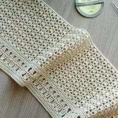 Modern Crochet Patterns, Crochet Stitches Patterns, Crochet Designs, Stitch Patterns, Knitting Patterns, Pull Crochet, Knit Crochet, Crochet Simple, Popular Crochet