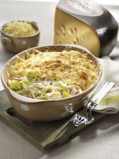 Tagliatelle with Ham, Leek and Cheese I Love Food, Good Food, Yummy Food, Law Carb, Food Fantasy, Oven Dishes, Risotto, Good Healthy Recipes, Food Inspiration