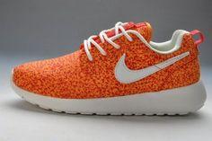 815c480d16fd Chaussures Pour Femme Nike Roshe Run FB Orange Blanc Top Des Ventes En  Ligne Adidas