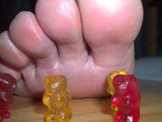 big toes and Gummiebears Round 5 by Netsrot1971.deviantart.com on @DeviantArt