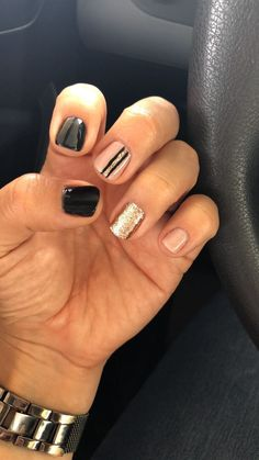 Great Classy Short Nails Art Designs Great ready to book your next manicure, because this Latest Nail Designs, Classy Nail Designs, Short Nail Designs, Shellac Nails, Toe Nails, Acrylic Nails, Nail Polish, Short Gel Nails, Nail Art