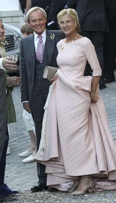Charles Wellesley Photos - Charles Wellesley (C) attends the wedding of Lady Charlotte Wellesley and Alejandro Santo Domingo at Illora on May 2016 in Granada, Spain. - Lady Charlotte Wellesley and Alejandro Santo Domingo Wedding in Granada Lady Charlotte Wellesley, Famous Wedding Dresses, Elegant Couple, Older Bride, Cocktail Outfit, Royal Dresses, Special Occasion Dresses, Mother Of The Bride, Marie
