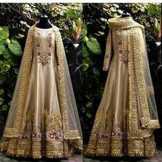 Pakistani Fancy Dresses, Pakistani Fashion Party Wear, Desi Wedding Dresses, Pakistani Wedding Outfits, Indian Gowns Dresses, Indian Bridal Outfits, Pakistani Dress Design, Formal Dresses For Weddings, Indian Designer Outfits