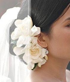 70 Trendy wedding hairstyles with headpiece updo veil placement Flower Headpiece, Fascinator, Wedding Veils, Wedding Day, Trendy Wedding, Updo Veil, Spanish Hairstyles, Bridal Hair Updo, Second Weddings