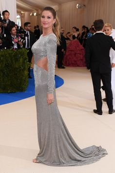 Gisele Bundchen at met gala  | backless dress honuring Mets superheros Fashion and fantasy