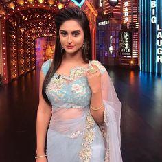 Pretty saree and beautiful girl Indian Dresses, Indian Outfits, Krystal Dsouza, Indian Tv Actress, Actress Pics, Girl Photo Poses, Most Beautiful Indian Actress, Beautiful Saree, Beautiful Flowers
