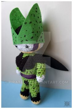 this was a commission for 10 inch perfect cell from the anime series Dragon Ball Z . I really hope she likes it ! what do you think?