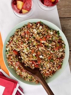 14. Farro Salad with Tomatoes and Herbs #healthy #clean #recipes http://greatist.com/eat/clean-eating-recipes-that-taste-amazing