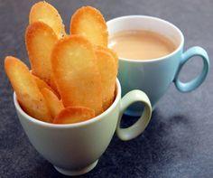 Pour utiliser des blancs d'oeufs.Langues de chat maison : délicieuses et tellement simples ! | Torchons & Serviettes. +